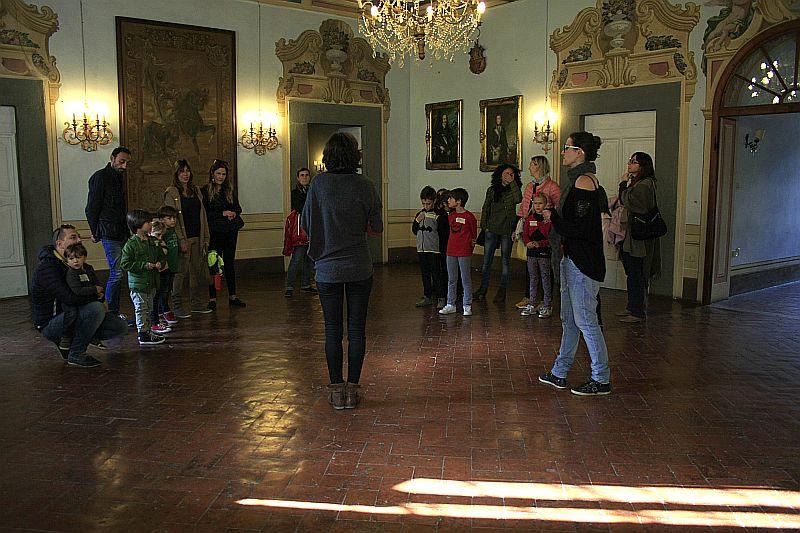 Uno dei miei family tour alla Villa Medicea di Buti