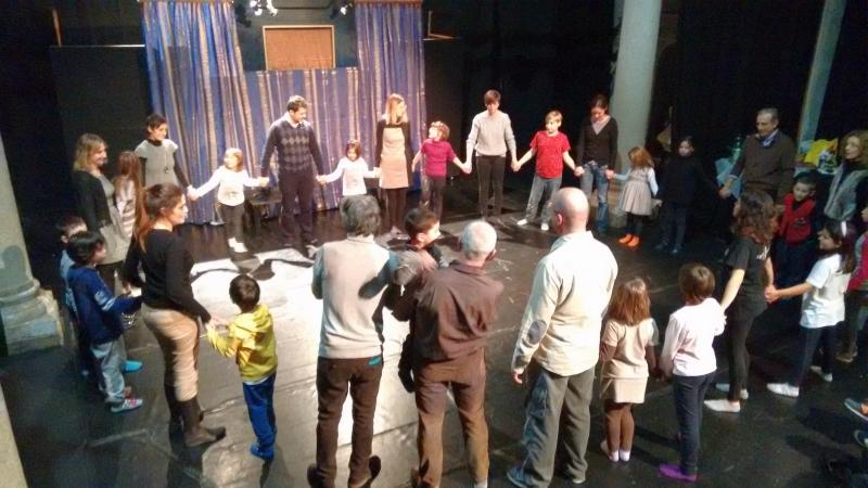 Un momento della Festa di Natale di Teatro Labile