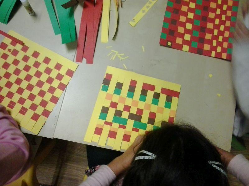 Un classico della Piccola Gerbera: le tessiture di carta